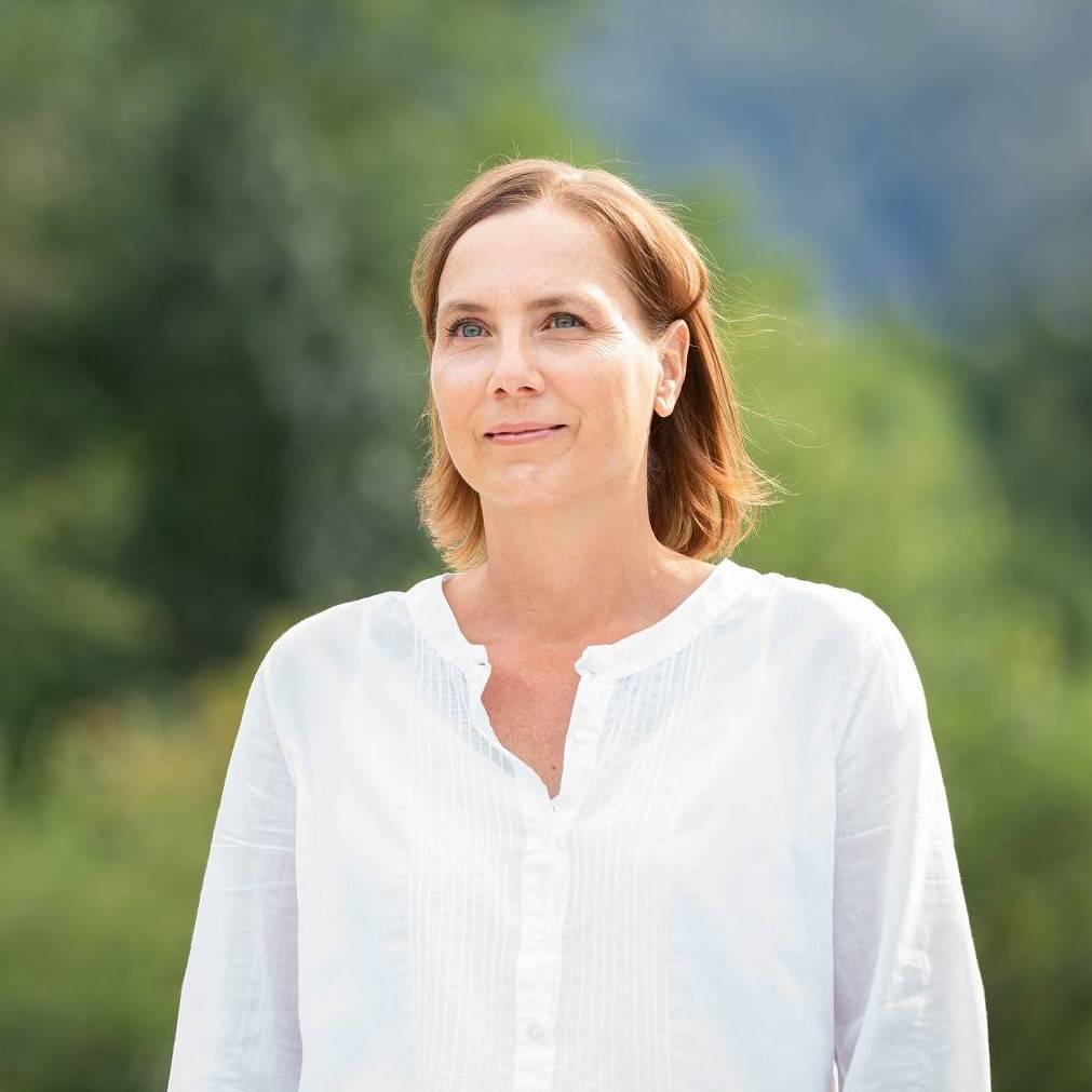 Christine Reißer (2d)